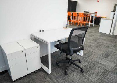 Coworking Hot Desk & Kitchen
